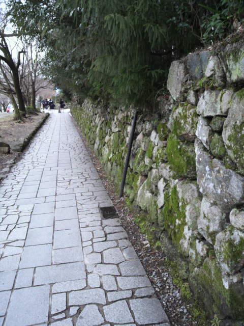 石垣の町〜坂本